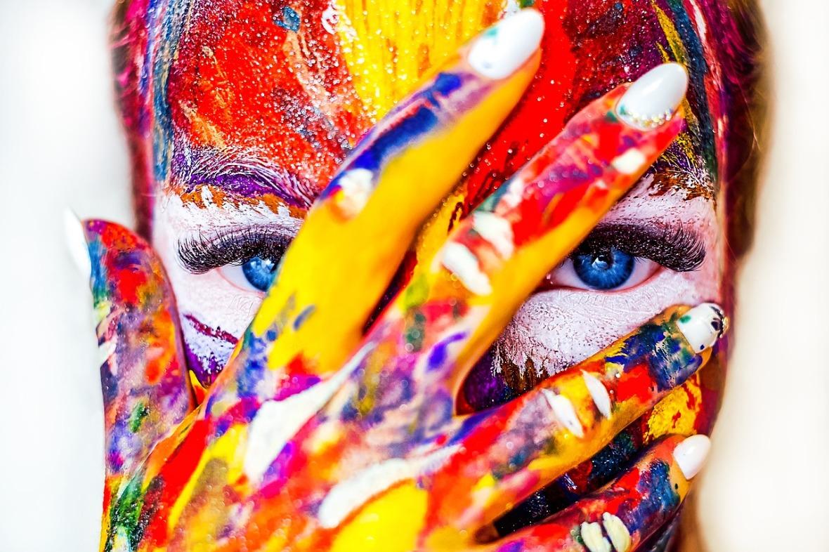 paint-girl_lightstargod